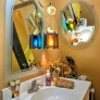 ecclectic-retro-bathroom