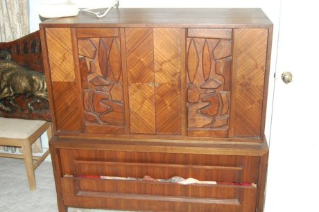 An Early St Charles Kitchen Hollywood Regency Bedroom Set And More From The 60s Estate