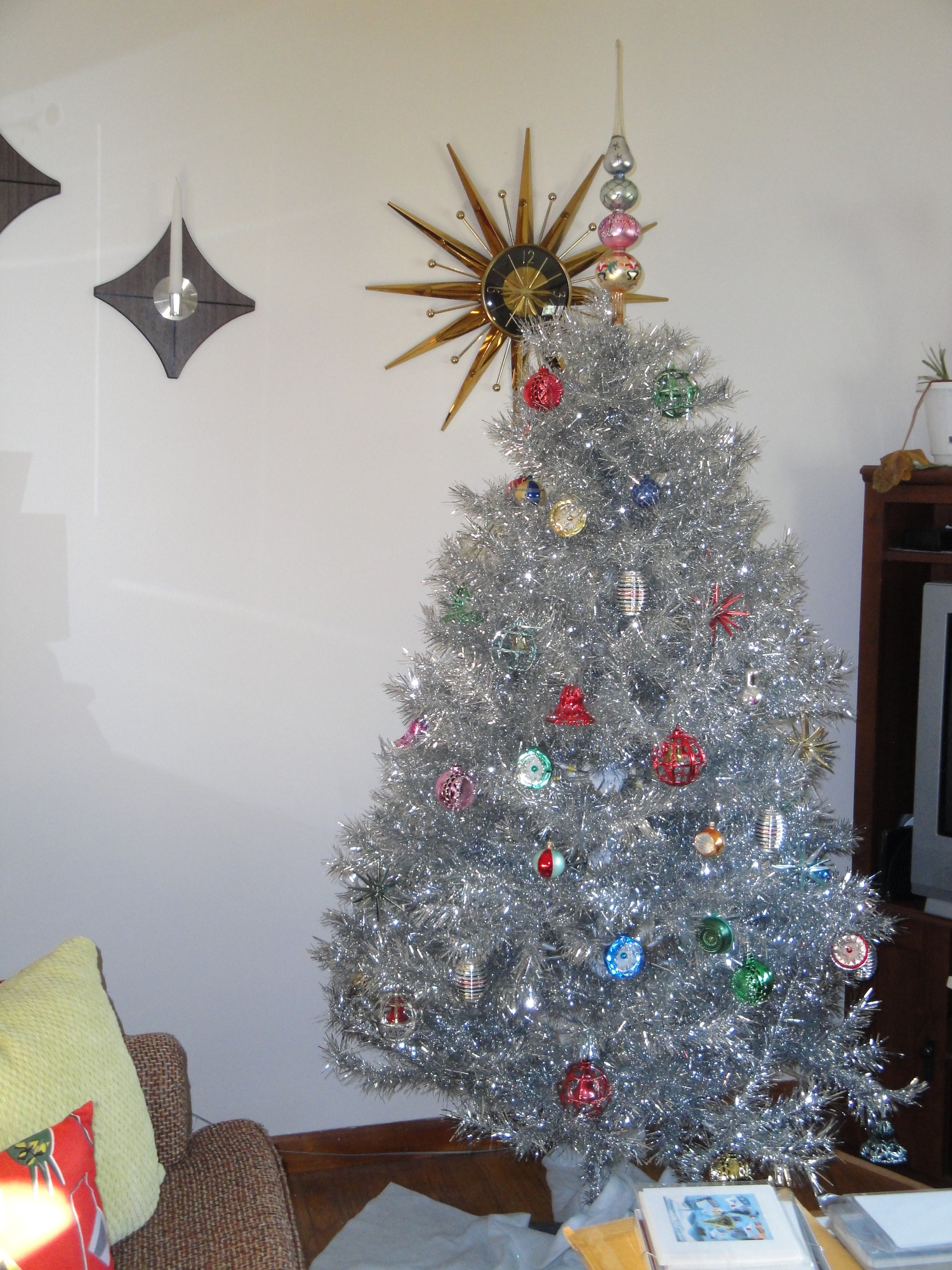 Tinselmania 73 Vintage Aluminum Christmas Trees Retro