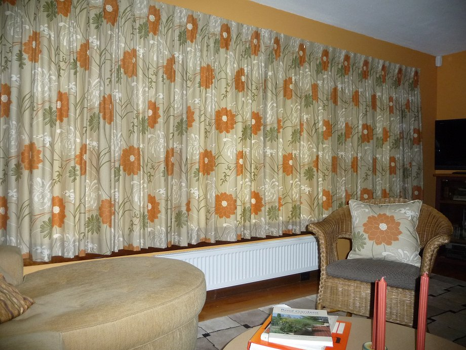 Cindy adds pinch pleat draperies to her 1960s mid century for Modern drapes and curtains