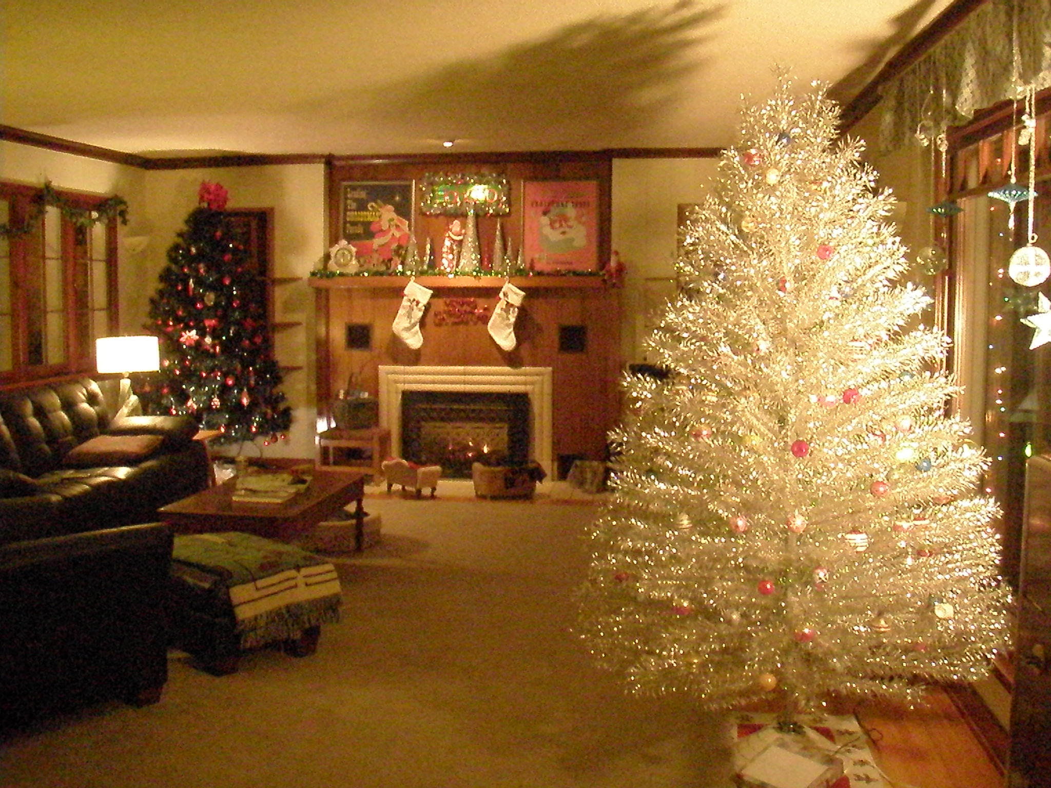 Upload Photos Of Your Holiday Decorations