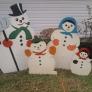 snow-family-8b20dd99e6ff2e176ab619451f0e74d2c5bbf35f