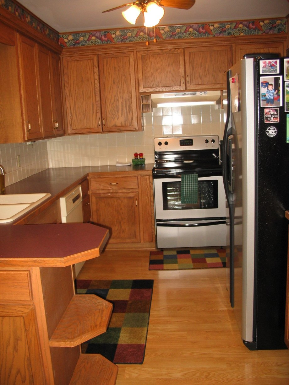 "The 70 000 Dream Kitchen Makeover: Janice's ""Retro Renovation Inspired Kitchen"""