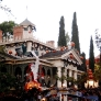 retro-california-honeymoon-haunted-mansion