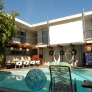 retro-california-honeymoon-pool-at-the-pearl