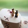 retro-rockabilly-lego-wedding-cake