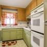 retro-1970s-kitchen