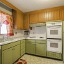vintage-retro-green-kitchen