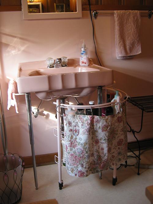 Vintage Bathroom Sinks Retro Renovation