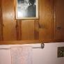 knotty-pine-pink-bathroom-11