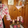 knotty-pine-pink-bathroom-12