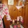 knotty-pine-pink-bathroom-12