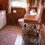 knotty-pine-pink-bathroom-17