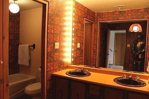 That 70s ski chalet groovalicious time capsule house for 1970 bathroom decor