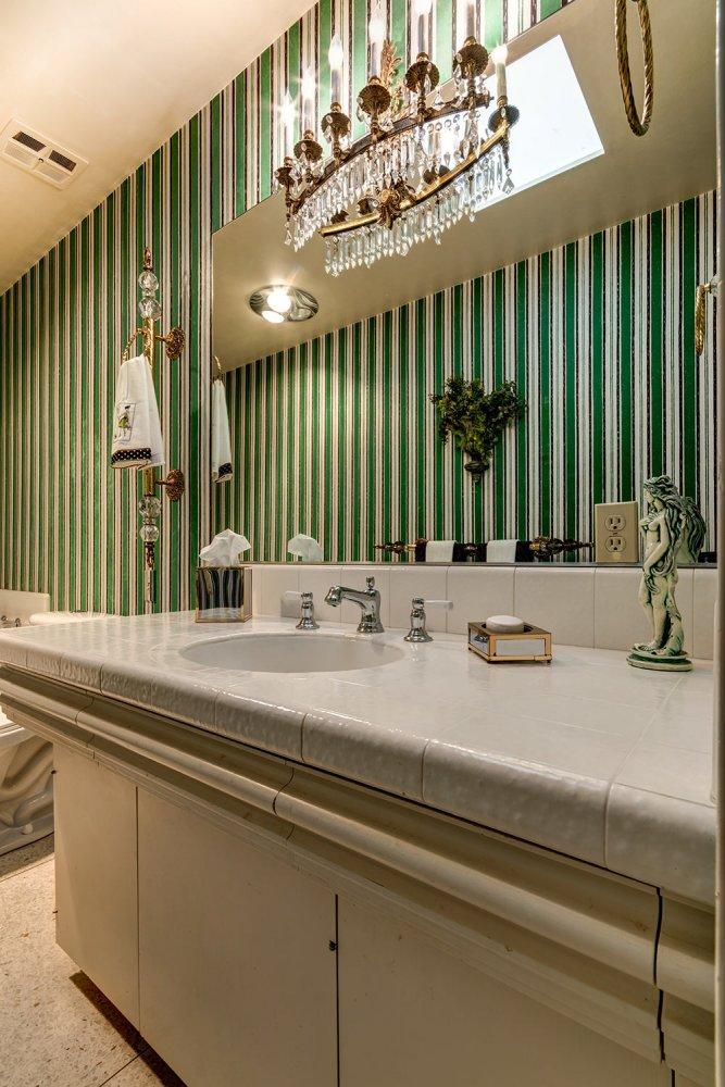 The time capsule house that turned modernism week upside for Vintage bathroom wallpaper