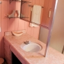 wilson-house-pink-bathroom-10