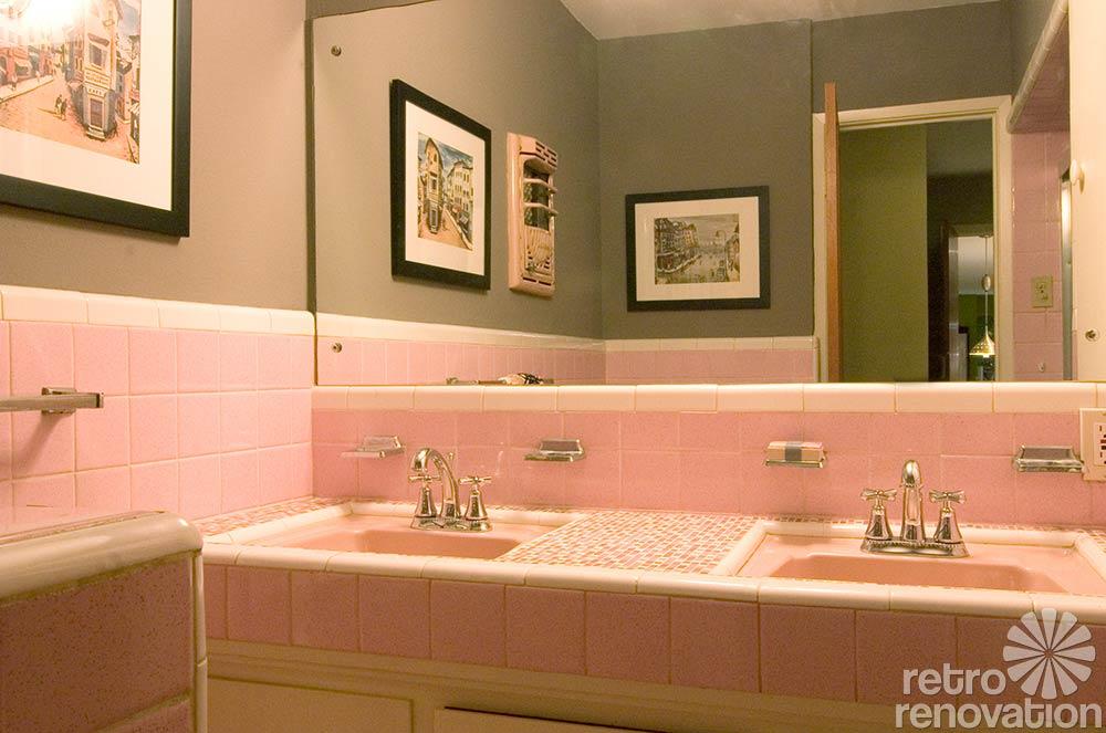 Vintage bathroom tile 171 photos of readers 39 bathroom for Retro bathroom ideas