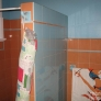 bathroom-wall-tile-a60be0b8fd53cceae780855c6de5e731f9fa7a11