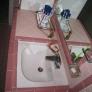 pink-bath-sink-fa22bfe34143ba659f3d9fe747a381646d453969