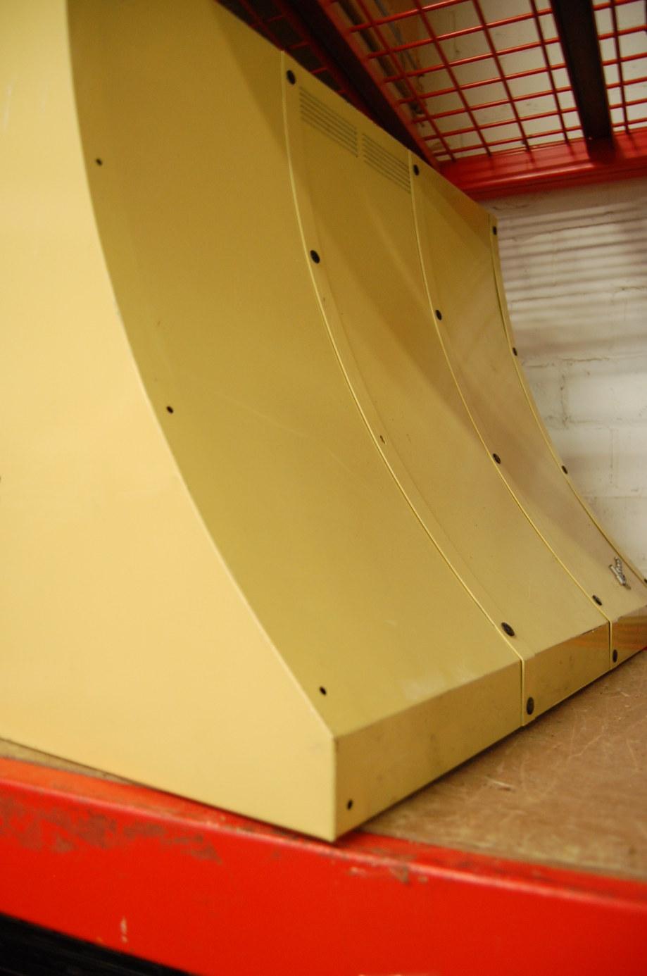 retro-mid-century-yellow-oven-hood