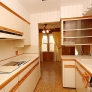 vintage-kitchen-with-soffits