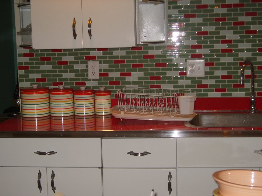 canisters in a red and green vintage kitchen. Interior Design Ideas. Home Design Ideas