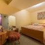vintage-bedroom.jpg