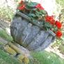 frelinghuysen-morris-deco-flower-pot