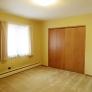 retro-bedroom-with-pinch-pleats