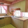 retro-pink-and-green-kitchen