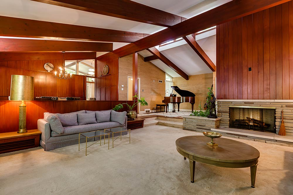 Stunning mid century modern toronto time capsule house by for Mid century modern architects houston