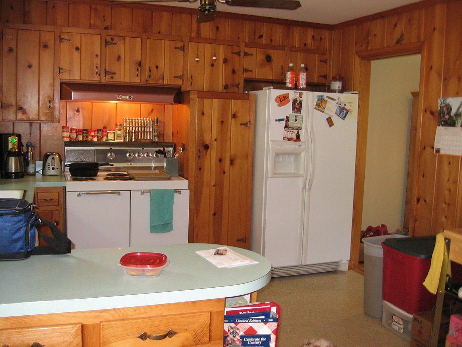 Decorating Ideas For Tracys Knotty Pine Kitchen Readers Chip In
