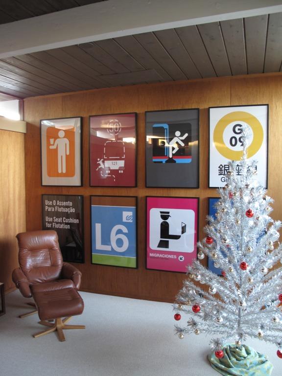 eichler-mid-century-living-room-art