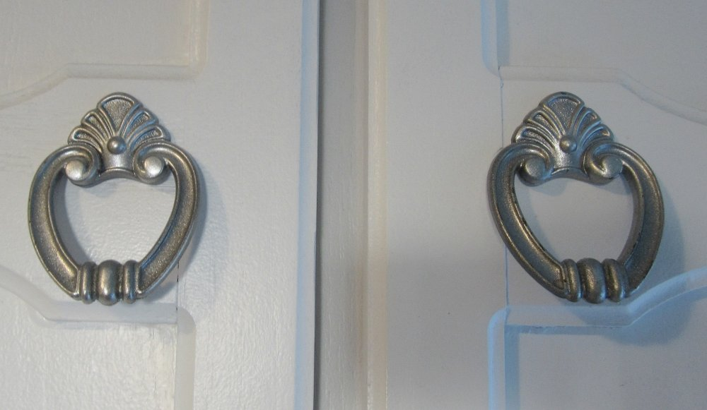 Upload Photos Of The Vintage Door Knobs And Escutcheons In