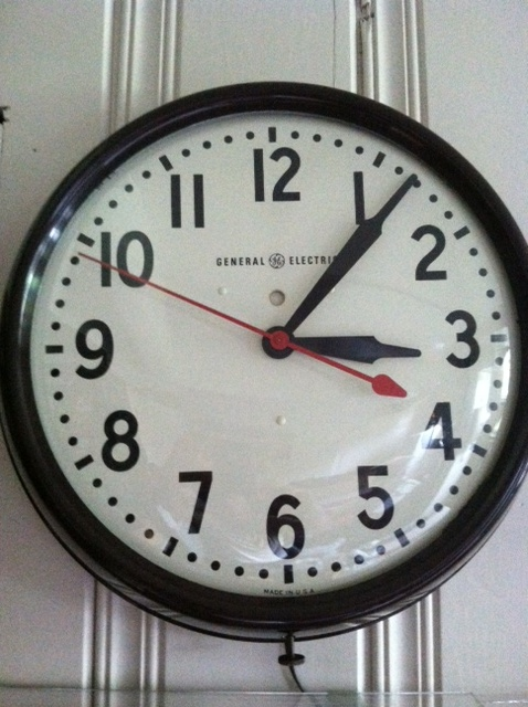 331 Amazing Photos Of Vintage Wall Clocks Retro Renovation