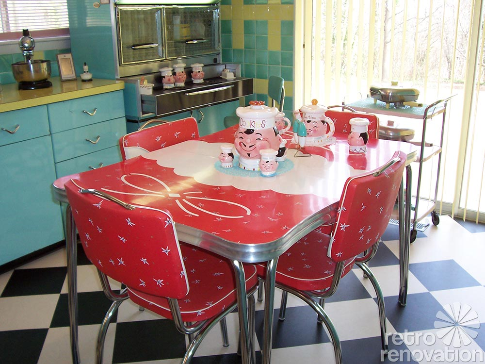 217 Vintage Dinette Sets In Reader Kitchens