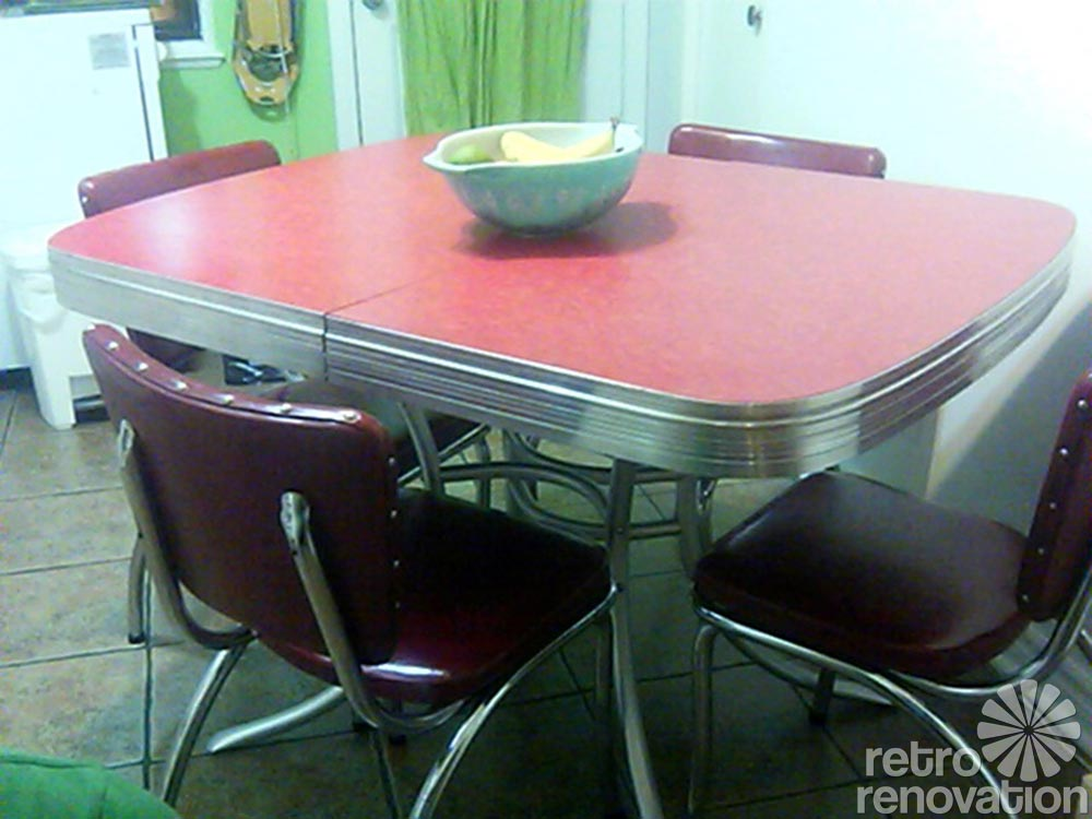Retro Dinette Set In Bright Chrome Home Decor