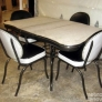 vintage-black-and-white-dinette_0