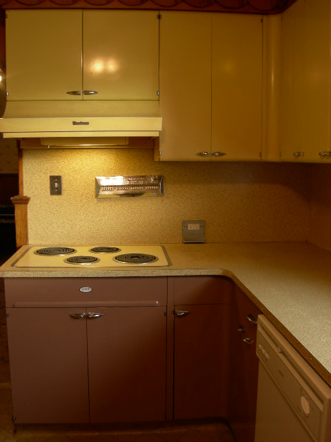 30 Photos Of Vintage Lyon Metal Kitchen Cabinets