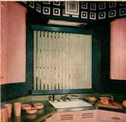 50s-pink-and-green-kitchen378.jpg