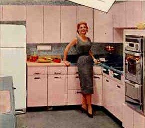 50s-pink-beauty-queen-cropped.jpg