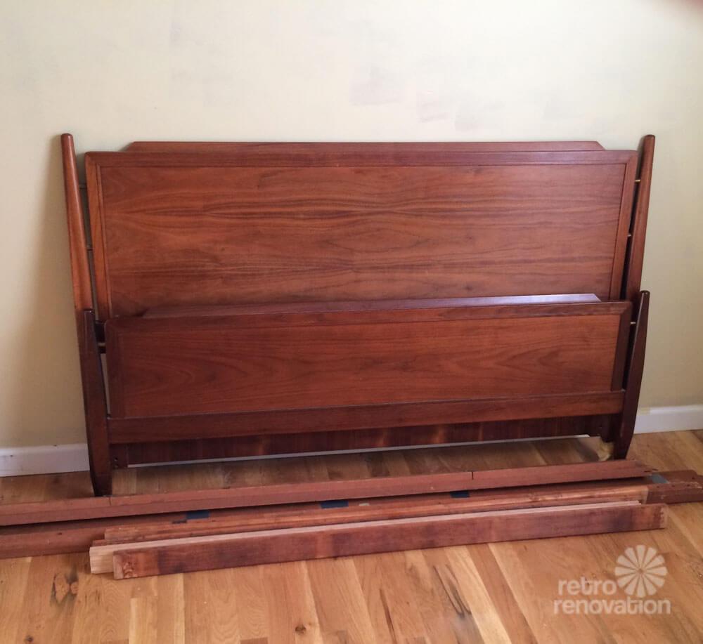 Robu0027s Vintage Drexel Declaration Bedroom Set:
