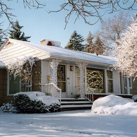 mid century modest house