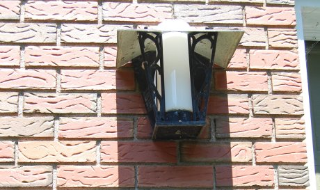 midcentury-outdoor-light