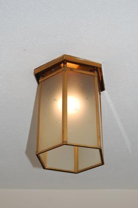 vintage-hall-light
