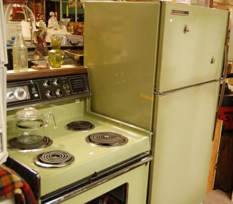 vintage-ge-avocado-kitchen-stove-and-refrigerator