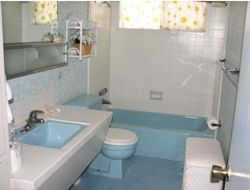 Very Vintage Las Vegas Midcentury Bathroom1