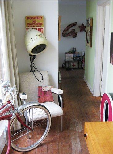 vintage-beauty-shop-chair