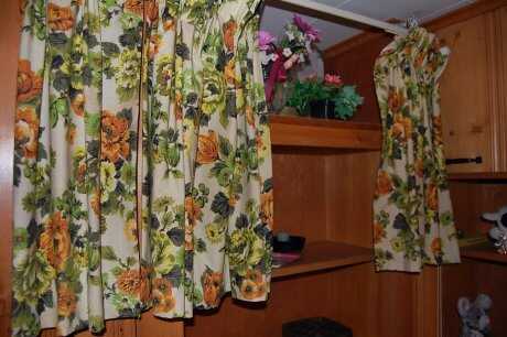 vintage-curtains