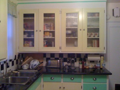 Jake Amp Barclay S 1943 Kitchen Gets A Retro Update Retro